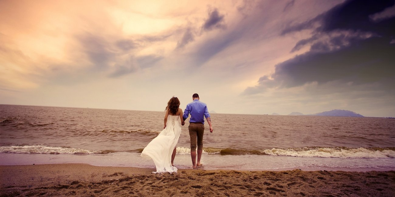 beach-wedding-couple-bride